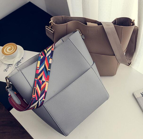 Luxury Brand Designer Bucket bag Women Leather Wide Color Strap Shoulder bag Handbag Large Capacity Crossbody bag drop shipping