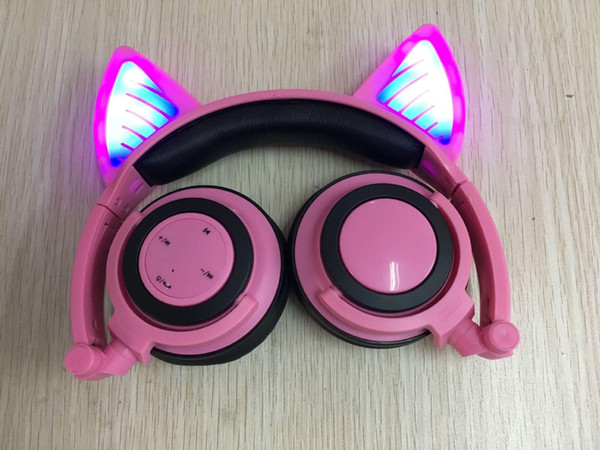 2019 New Foldable Wireless Bluetooth headphones glowing Cat Ear Headphones with LED Flashlight for iPhone Android Mobile phone