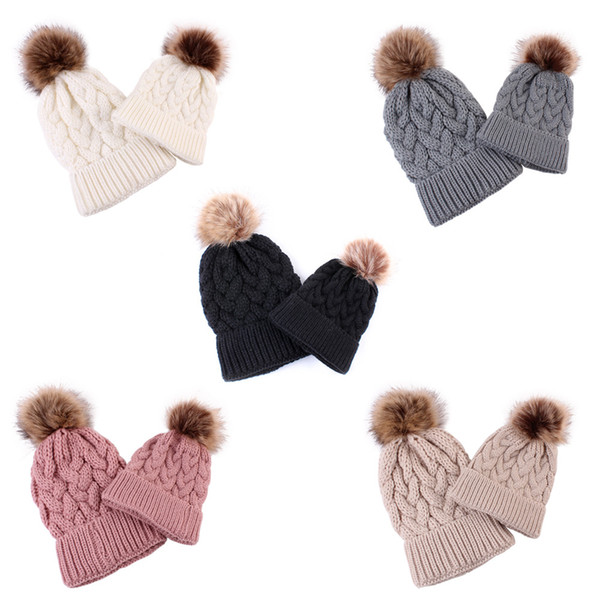 Parent-Child Knit Hat Cute Baby Winter Warm Pompon Cap Mother Kids Fur Ball Beanie Hat Outdoor Ski Cap LJJT1474