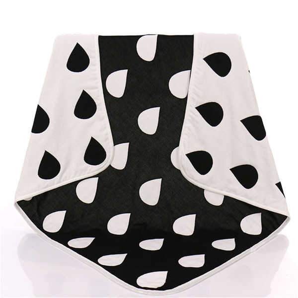 New Baby Children Muslin Blankets Black White Drop Cross Crawling Blanket Carpet for Infant Baby Super Soft Bedroom Air Condition Blankets
