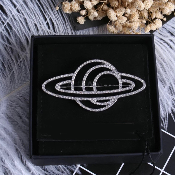 1:1 Coco Brooch Luxury Brand Designer Logo Brooch Suit Lapel Pin Famous Brand Jewelry Accessories Gift for Love High Quality
