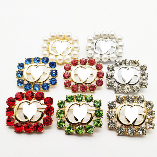 Women Designer Letter G Brooch Bling Bling Rhinestone Pearl Letter Brooch Suit Lapel Pin Multicolor Gift for Love