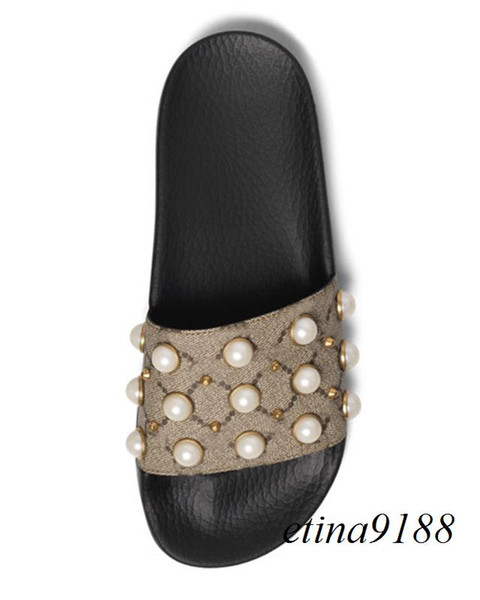 2018 mens and womens fashion rubber Slides Sandals with Pearl effect and gold-toned studs boys and girls outdoor beach slippers