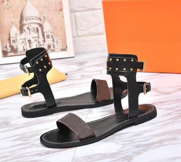 2018 new arrived luxurious womens Flat Sandals shoes fashion girl brown Sandals Summer Casual flip flop fashion Shoes 35-41 with box 0011#