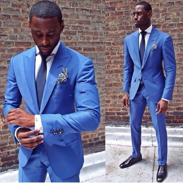 Slim Fit Blue Men Wedding Tuxedos Peak Lapel Two Button Groom Tuxedos Popular Dress Men Business Dinner/Darty Suit(Jacket+Pants+Tie) 314