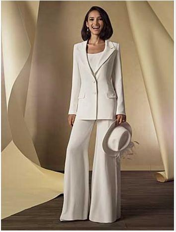 Three Pieces Ivory Chiffon Slim Fit Mother Bride Pant Suits With Long Sleeve Jacket Trumpet Pants New Trend Women Pant Suits