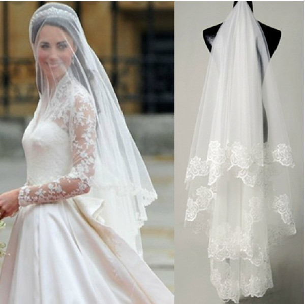 Fashion Beautiful Short One Layered Lace Appliques Edge Tulle Wedding Bridal Veils Wedding Accessories For Bride
